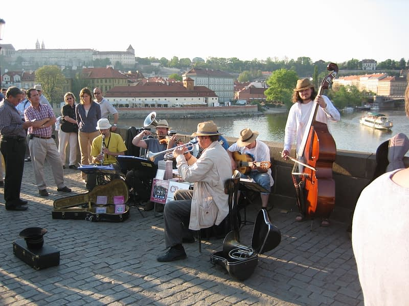 Playing Jazz at the Karoly Most